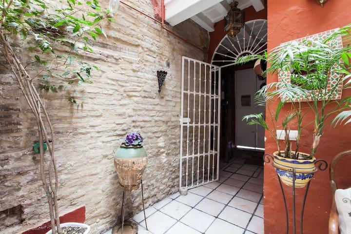 habitación 2 en casa con encanto - Siviglia - Casa