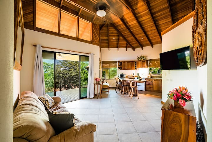 Charming bungalow close to the beach