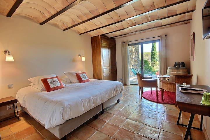Superbe chambre en immersion dans le vignoble !
