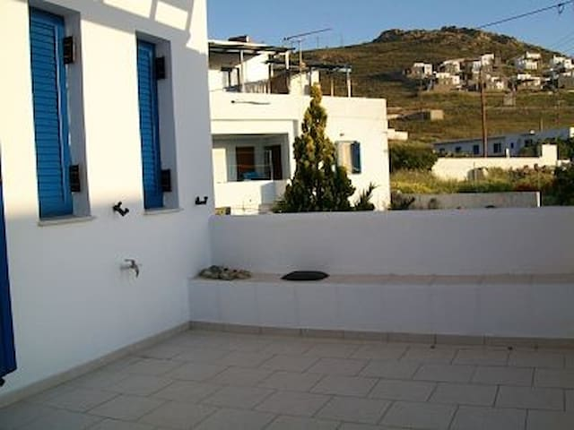 Serifos detached sunny cozy house - Serifos