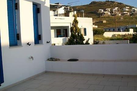 Serifos detached sunny cozy house - Serifos - House
