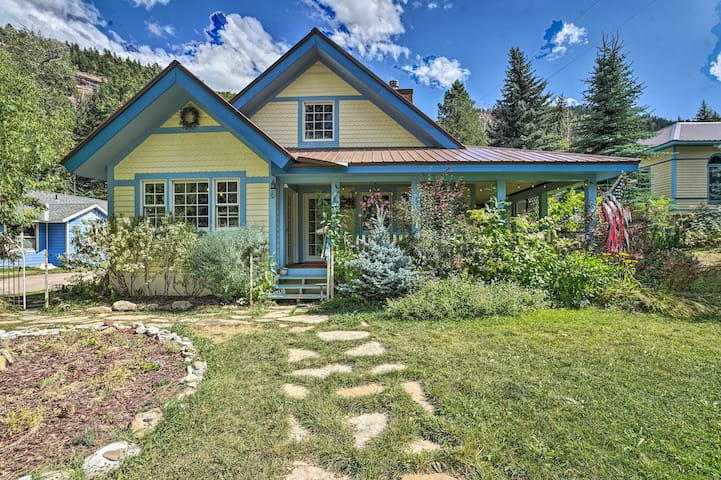 Charming Mtn Cottage, 1mi to Redstone Castle!