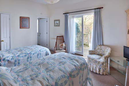 Bed and Breakfast at Horringford Gardens - Horringford - B&B