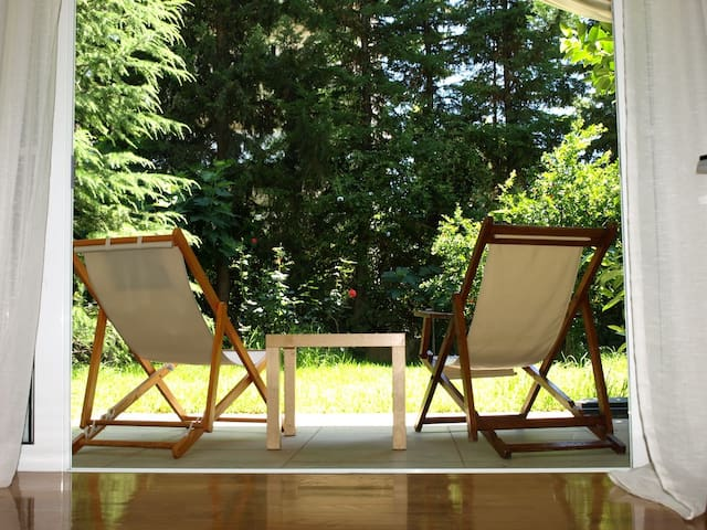 Luxury apartment 5'walk to beach sleeps 4+2 guests - Rafina