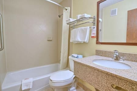 Exclusive Room With Double Bed At Airport Area