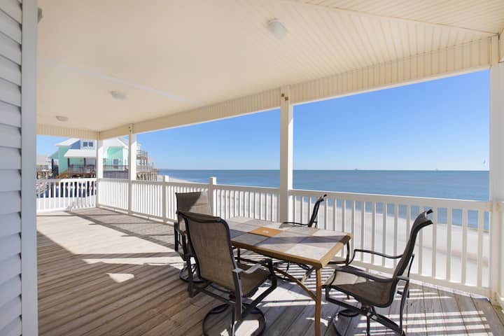 Simple Pleasures- 3 bedroom Gulf-front home, with a great location and terrific Gulf views!
