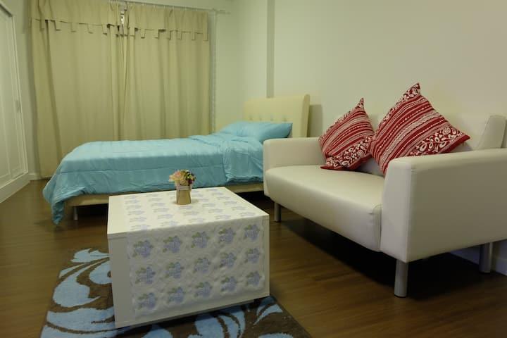 Baan Thew Lom Condominium