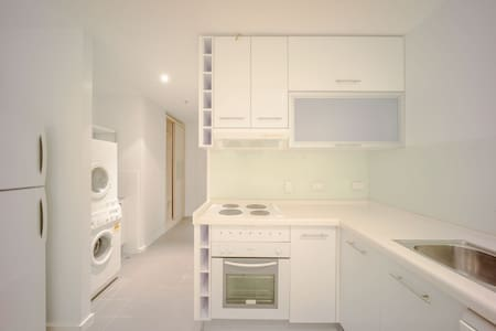 Adelaide Central Modern Life Style City Apartment - Adelaide - Lejlighed
