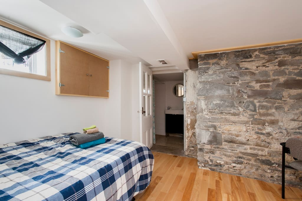 Rooms To Rent In Bath Ontario