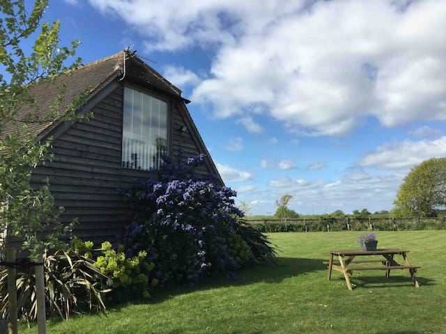 Pet Friendly Barn Conversion Studio Nr Witterings