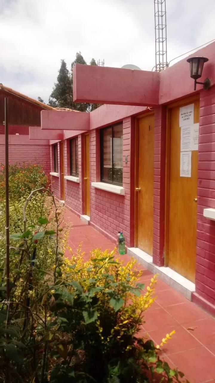 Habitación baño privado, sector residencial