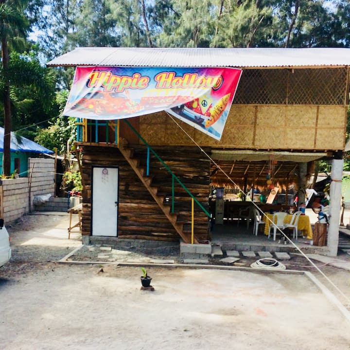 Hippie Hollow Hostel (Shared AC Cabin for 9 PAX)