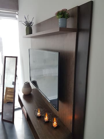 Luxury Sky Home - Stylish Master Bedroom