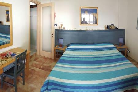 Camera con cucina veranda panoramic - Marettimo