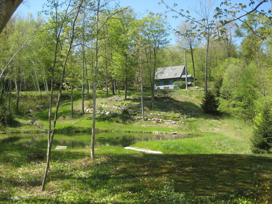 Secluded Killington, VT Post & Beam Home with Private Pond & Practice Golf Hole On Site