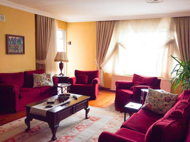 Cozy Room in Tarabya