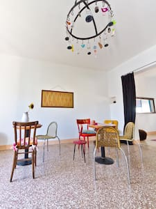 Art Apartment nearby Venice Italy - Cassola