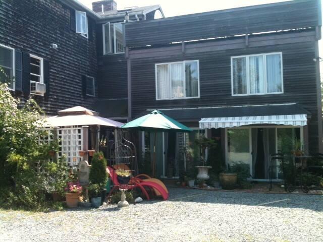 Provincetown Garden Level Queen 2 - Provincetown - Casa