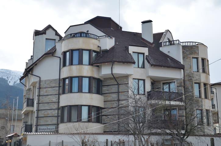 Guest House Laudis - Bansko - Guesthouse