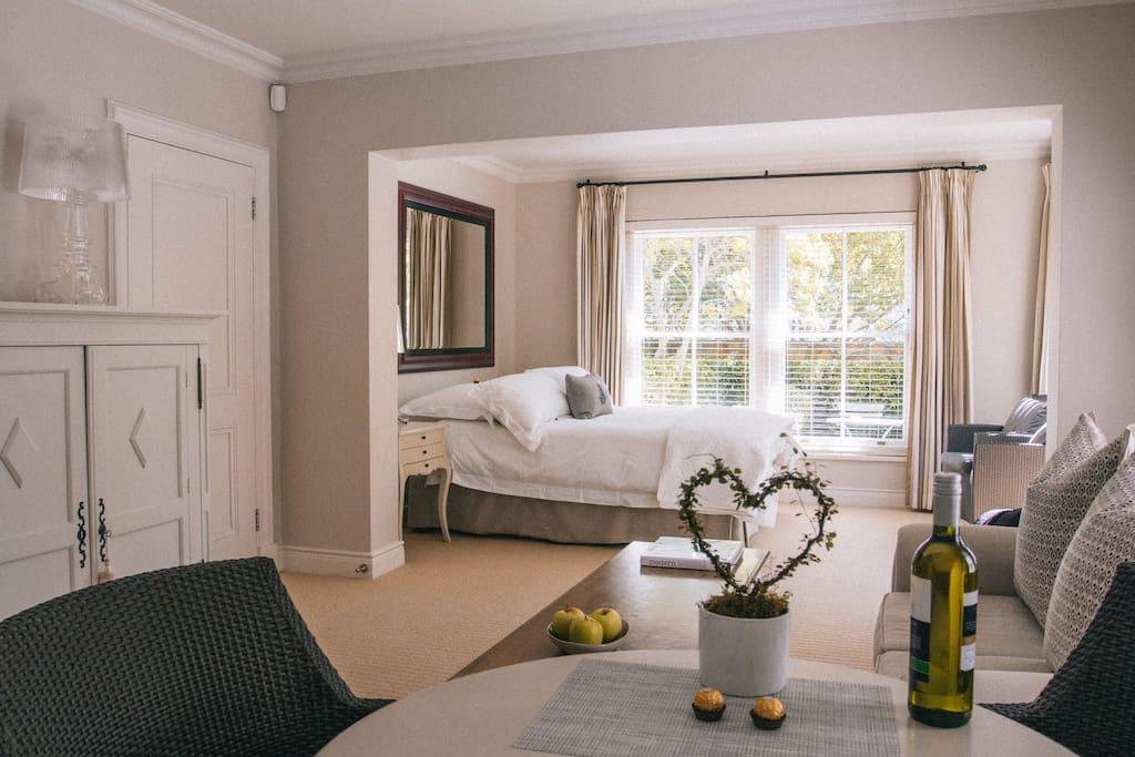 wir sprechen auch deutsch wohnungen zur miete in kapstadt westkap s dafrika. Black Bedroom Furniture Sets. Home Design Ideas