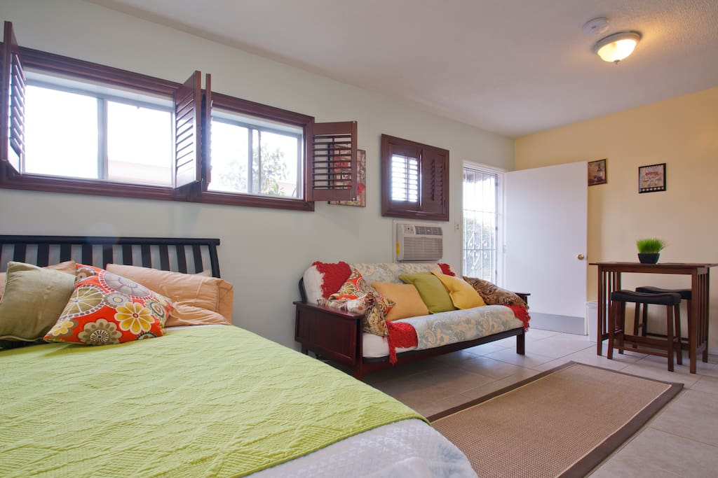 We Sleep 4 Guests Perfectly! SEE OTHER PICS FOR NEW BEDS. 1 Full Size & 2 Twin Trundle Beds.