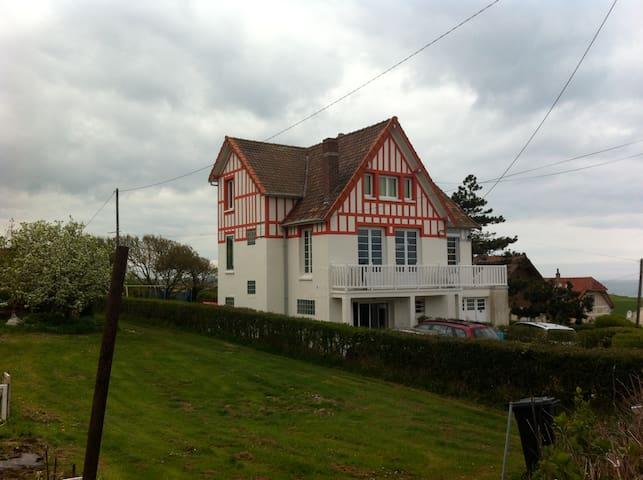 BIG FAMILY HOUSE BY THE SEA, GARDEN - Quiberville