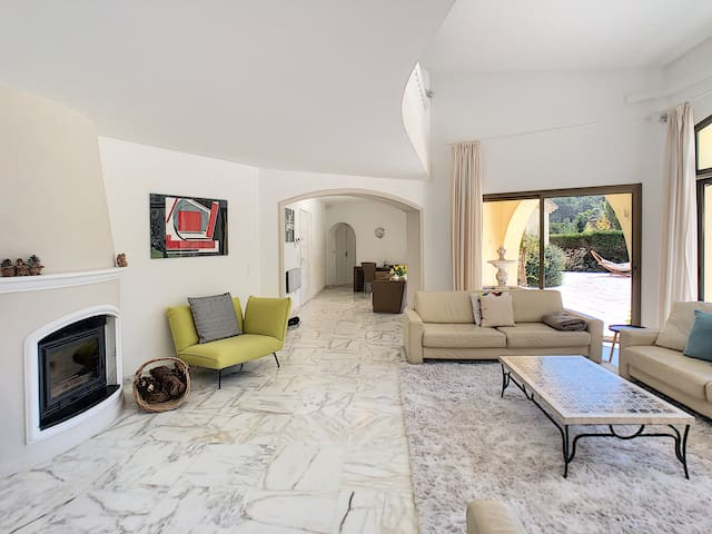 Superb Villa Mougins with swimming pool !!!@