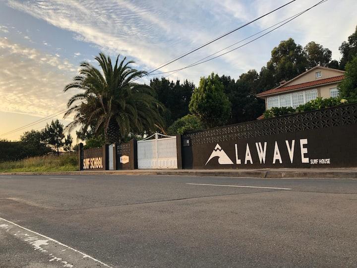 Habitacion compartida en La Wave Surf House Coruña