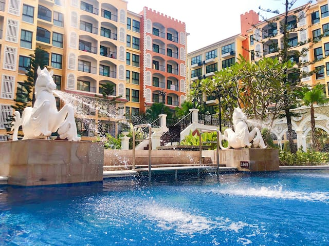 1BR/Jomtien Beach/Family fun/Large swimming pool