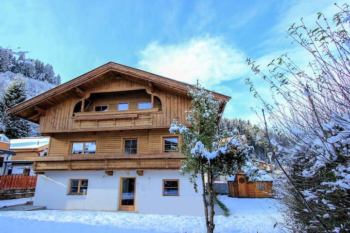 Appealing Chalet in Hopfgarten in Brixental with Sauna