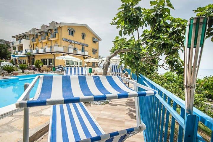 Piccolo Mondo Oasi del mediterraneo , Hotel , B&B - Acquappesa - Penzion (B&B)