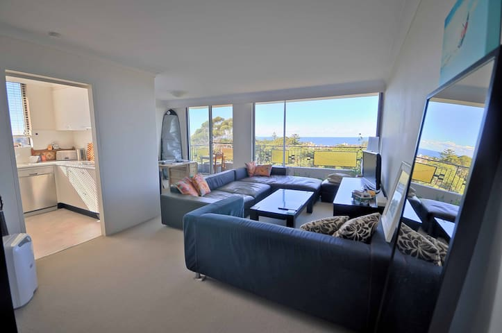 Bondi Apartment with Stunning Views