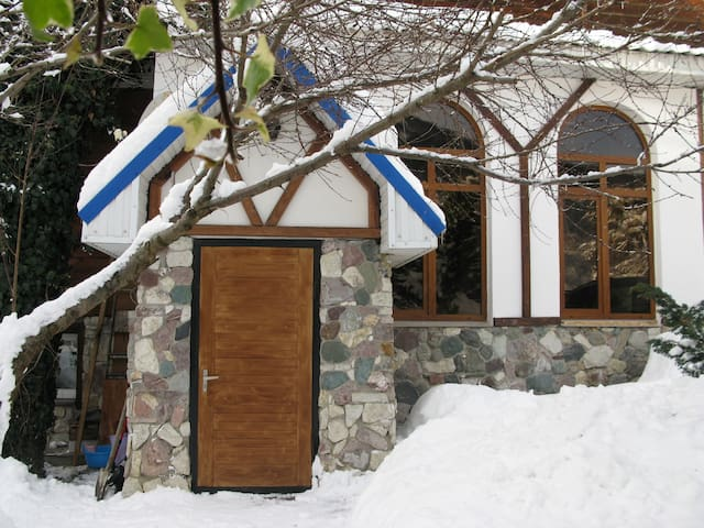 House  in  Krasnaya Polan(URL HIDDEN) - Soczi - Dom