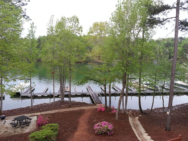 StillWaters Waterfront Condo - Dadeville