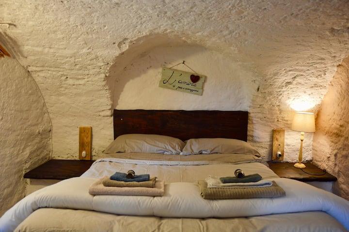 "Country Rooms&Kitchen Valchiusella  ""La Gruttin"""