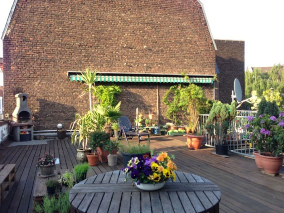 Die schönste Terrasse mit dem besten Ausblick in der Umgebung :)