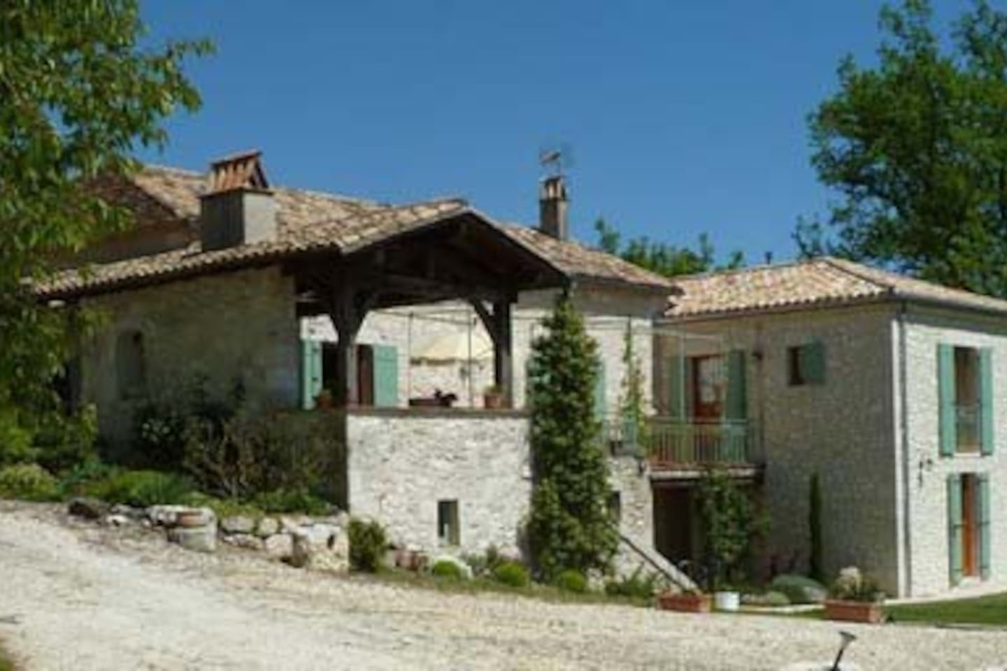 Charming stone house  in a hamlet 1