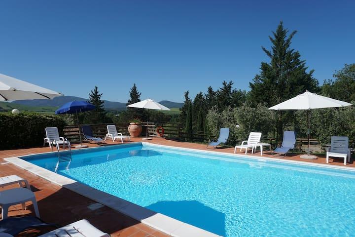 Bilo B 4 posti letto, Toscana,Mare, piscina,WIFI
