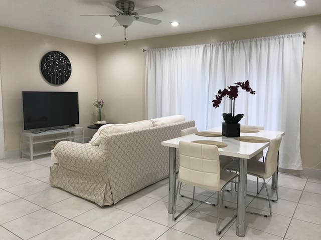 Great place close to Beach - FLL Airport - Cruise
