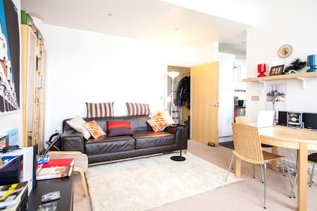 1 Bed Flat off Kentish Town High St