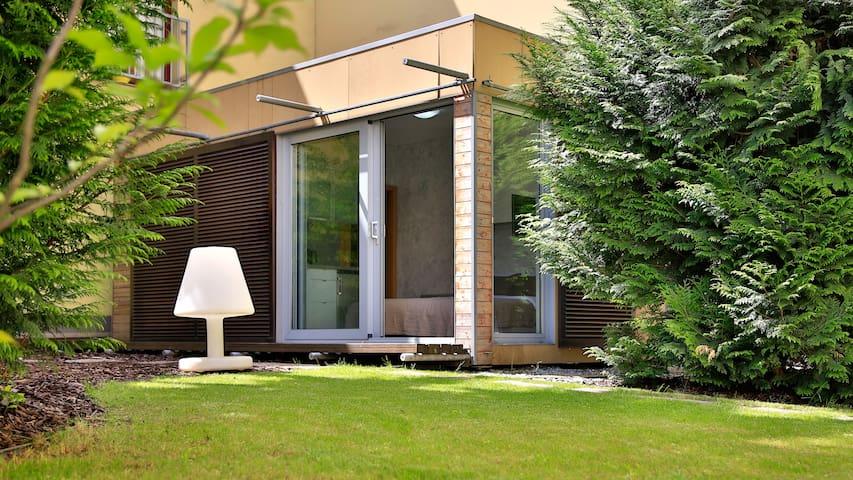 Garden Studio [C2] Residence Caesar