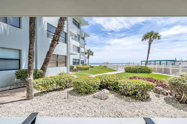 Direct oceanfront newly remodeled ground floor