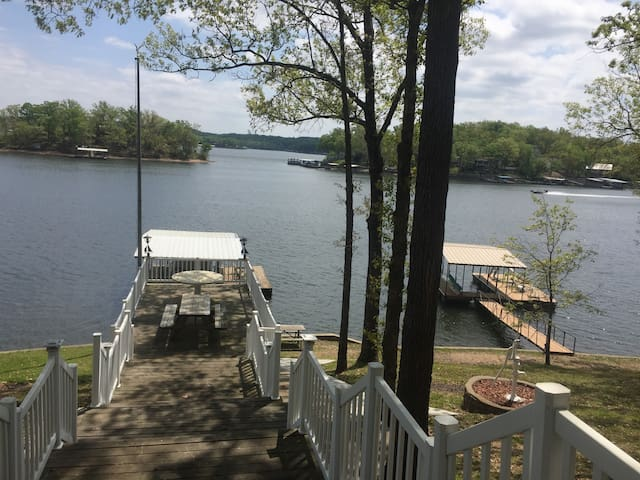 Lake Front Home w/ Private Dock MM8 - Sunrise Beach