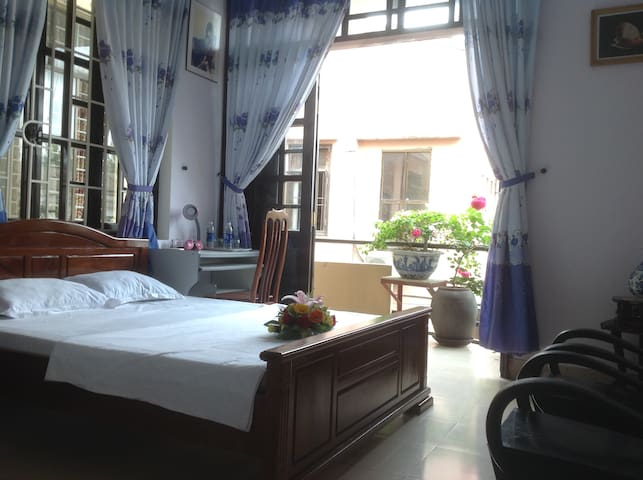 A nice balcony and cozy bedroom - tp. Huế