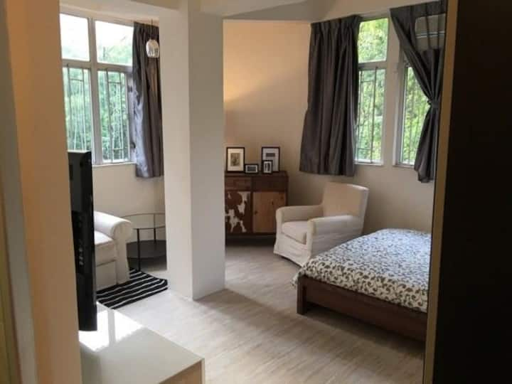 Amazing apartment in TST 1 min walk from the MTR