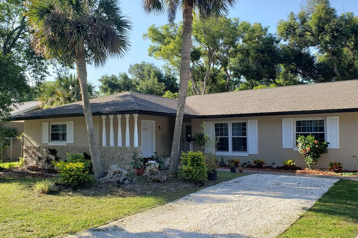 Great location! Private Studio Casselberry FL
