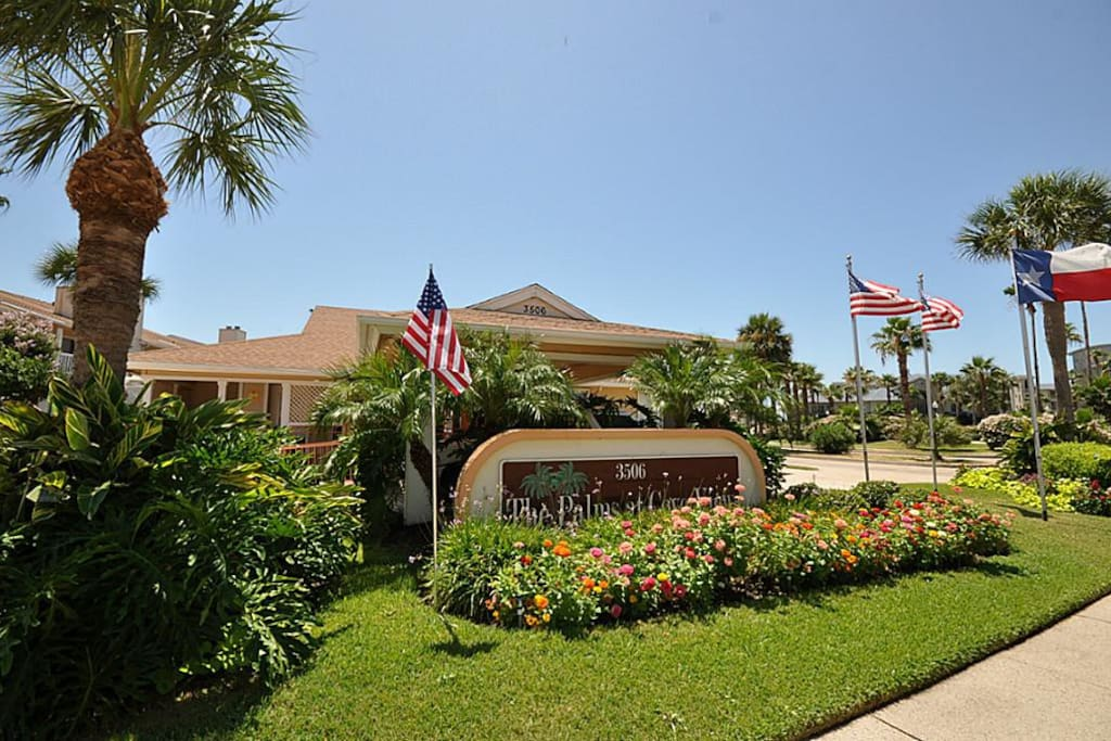 Welcome to the Palms at Cove View.