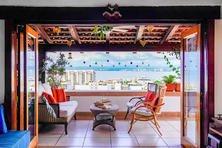 Penthouse in Paradise Close to Los Muertos Beach!