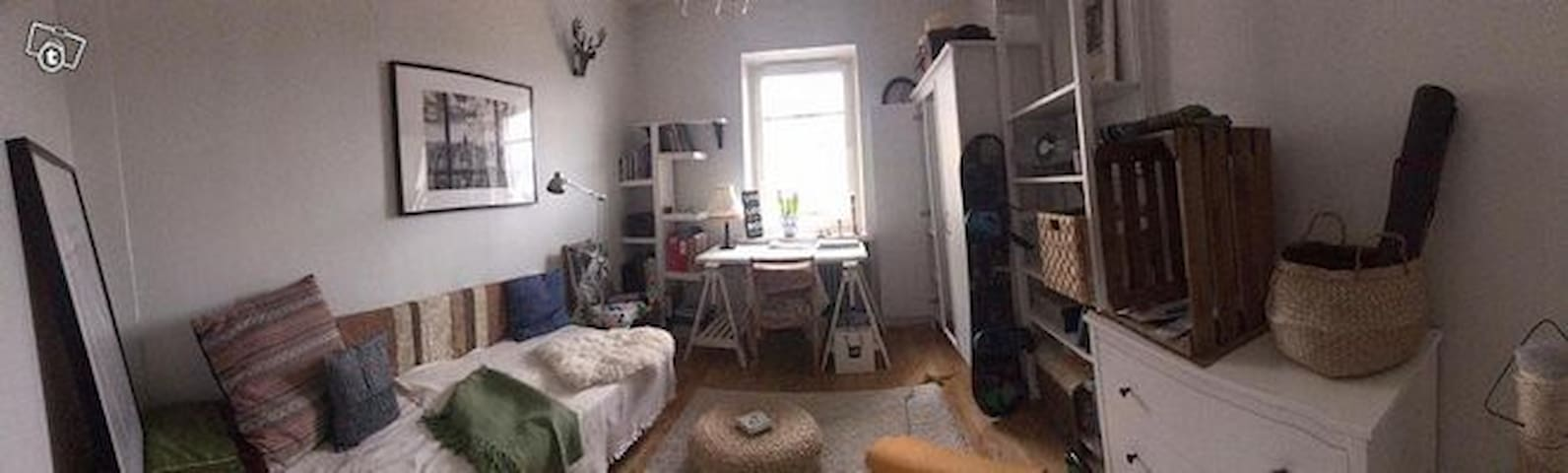 2-bedroom bright and spacious flat