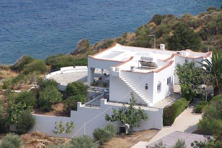 ANEMOSTROVILOS- AEGEAN ROMANTICISM - Kardamyla- Chios - Huis